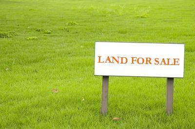 Hvordan finder du byggegrunde til salg?